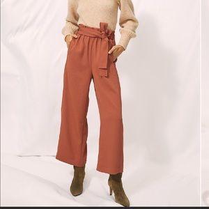 NWOT Aritzia Wilfred PAPERBAG pants